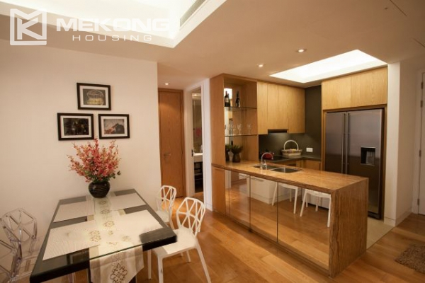 Well furnished and spacious apartment with 2 bedrooms in Indochina Plaza Hanoi 2