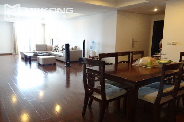 Well furnished apartment with 3 bedrooms on high floor for rent in Pacific Place Hanoi 4