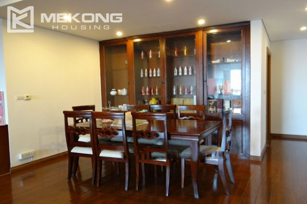Well furnished apartment with 3 bedrooms on high floor for rent in Pacific Place Hanoi 5