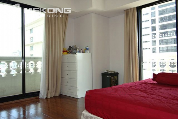 Well furnished apartment with 3 bedrooms on high floor for rent in Pacific Place Hanoi 7