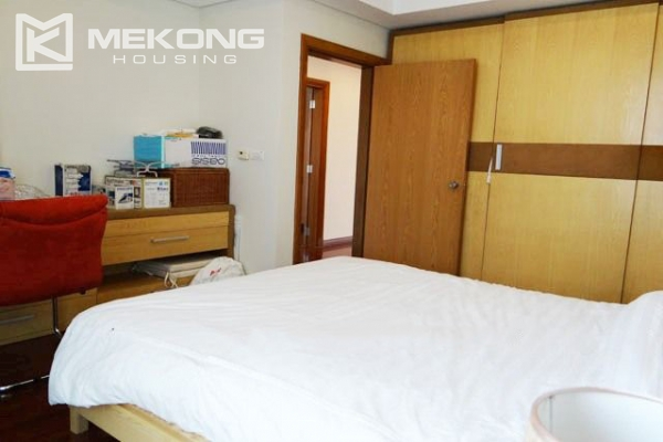 Well furnished apartment with 3 bedrooms on high floor for rent in Pacific Place Hanoi 12
