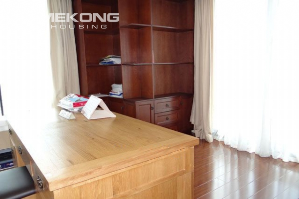 Well furnished apartment with 3 bedrooms on high floor for rent in Pacific Place Hanoi 15