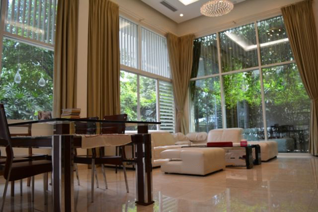 Westlake view villa with 5 bedrooms and garden surrounded in Westlake area, Tay Ho district
