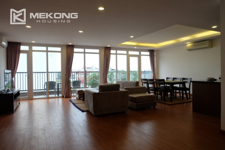 Wonderfull serviced apartment with 3 bedrooms for rent in Tu Hoa 4